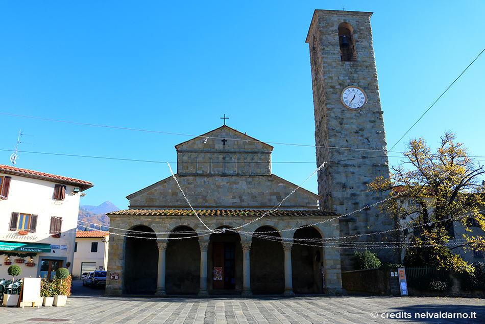 Fotografia frontale della Pieve di San Pietro a Cascia nel Valdarno