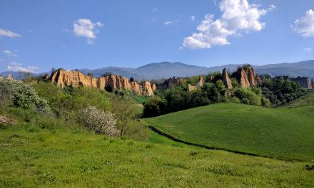 Camminare nelle Balze del Valdarno: i migliori itinerari